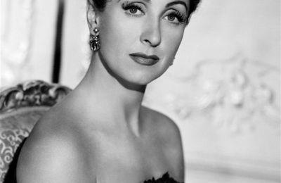 Danielle Darrieux (1917-2017)