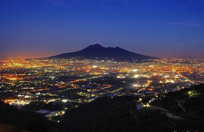 Risque volcanique et coût prévisible pour les grandes cités proches.