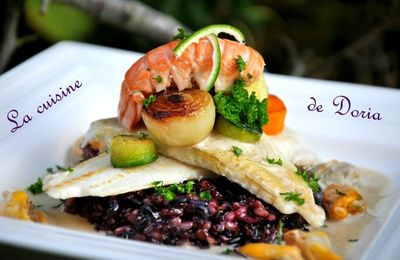Filet de carrelet aux fruits de mer sur son riz Pervenche du Laos