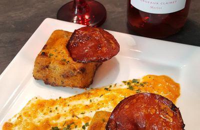 Gâteaux de pommes de terre, courgettes jaunes au chorizo, sauce poivron rouge et sa chips de chorizo