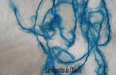 LE DOUILLET COSY N° 52 LA FIBRE MOHAIR BLEUETTE
