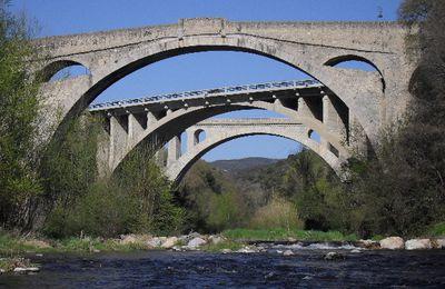 Nous sommes des ponts...