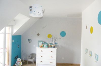 decoration papillon luminaire enfant lampe casse noisette. Black Bedroom Furniture Sets. Home Design Ideas