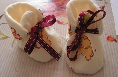 Chaussons réversibles pour bébés (3/6 ou 6/9 mois) 2ème article