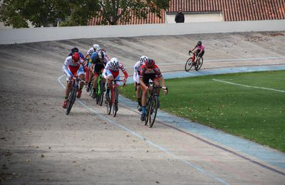 LA  ROCHELLE. CYCLO-CROSS  JUNIORS