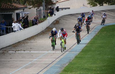 LA  ROCHELLE. CYCLO-CROSS  CADETS