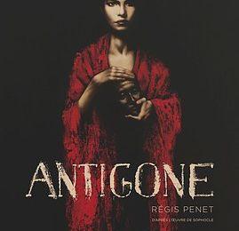 Antigone de Sophocle et Régis Penet chez Glénat