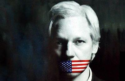 Les États-Unis officialisent la demande d'extradition de Julian Assange