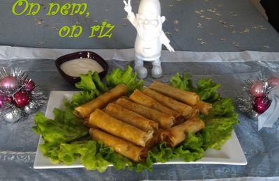Cigares aux crevettes, sauce à l'ananas