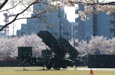Políticos japoneses buscan que su país pueda bombardear a Corea del Norte antes de ser ''destruidos''