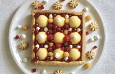Tarte citron, fruits rouges, meringues