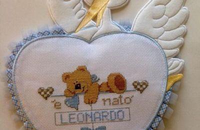 ... Ed un  orsetto a punto  anche per il fiocco nascita
