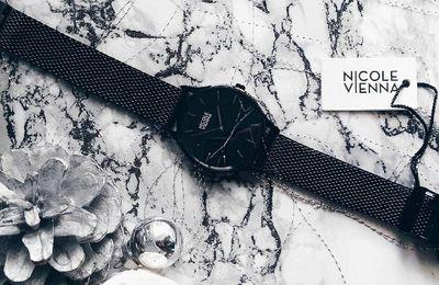 Chic avec la montre minimaliste Nicole Vienna