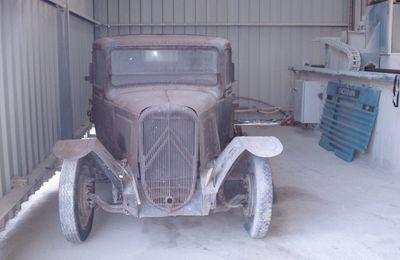 collectionneur de véhicules militaires ancienRestauration Citroën U 23