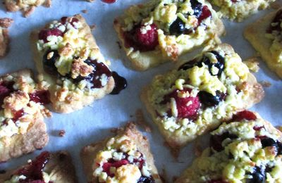 Breakfast bars, ovvero barrette ai fruttini di bosco ....