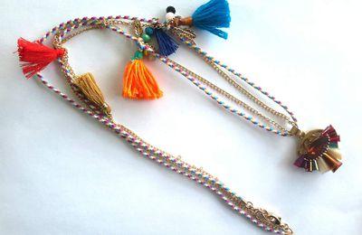 Boucles d'oreilles, collier, bijoux, nouvelle collection, bohème, ethnique, hippie, folk, gipsy, gitane, festival, coachella, babydoll, romantique, aztèque, inca, gemmes, unique, fait main, pompons, rétro, vintage, rentrée, etsy