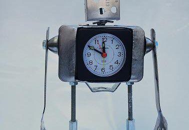 Assemblage d'un robot réveil, détendu du sleep.