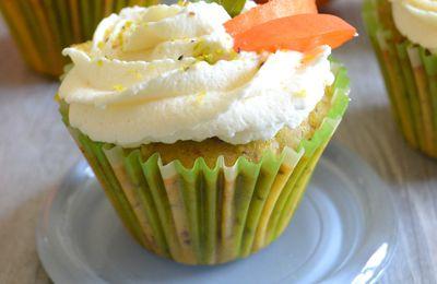 Cupcakes ou muffins aux abricots et pistaches