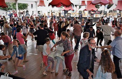 Le pied tous les jours à l'initiation aux danses bretonnes au Cornouaille Kemper