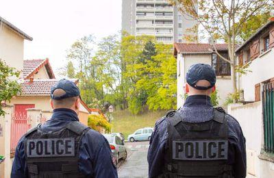 «Bagnolet : les quinze nouveaux policiers de la Capsulerie sont arrivés» dans Le Parisien