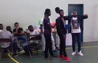 Corbeil-Essonnes (91) : 100 migrants africains accueillis dans le gymnase