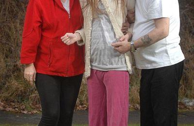 Jodie Marchant: handicapée à vie par les vaccins, sa famille lance un appel à l'aide