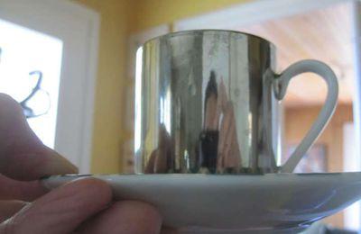 """La tasse """"magique"""""""