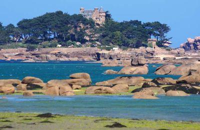 La Côte de granit rose en Bretagne : son chaos granitique