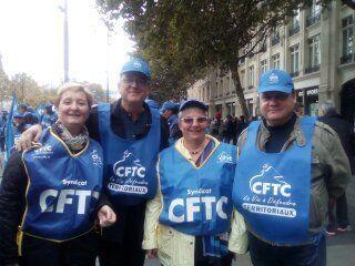 Syndicat des agents territoriaux du CD92 présent à la manifestation du 10 octobre sur Paris