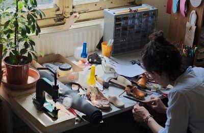 En cours // Exposition - Saute Montagne - Ateliers d'inititation à la fabrication de chaussures - Juin & Juillet - Prochain Atelier Enfant 14 Juin & Prochain Atelier Adulte Lundi 19 Juin