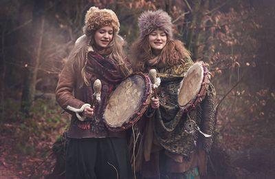 Découverte - Laboratorium Pieśni - Chants traditionnels polonais entonnés par des jeunes femmes