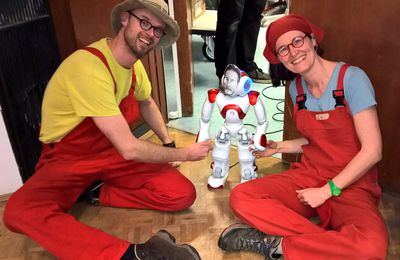 Theater mit Roboter