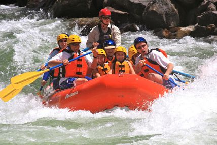 Rishikesh: Famous Place for White Water Rafting