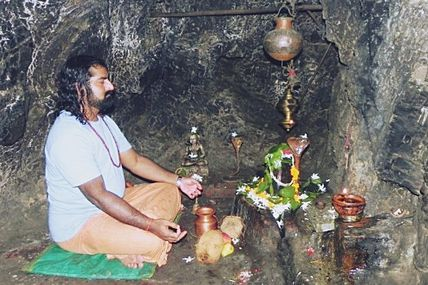 Legend behind the Vashistha Cave in Rishikesh