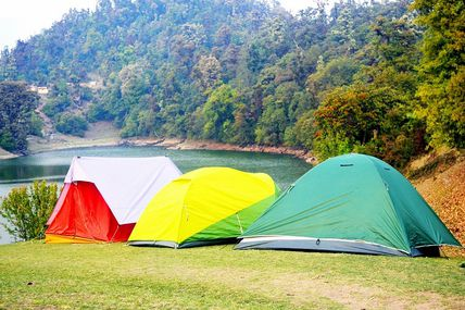 Deoria Tal Lake Trek in Uttarakhand
