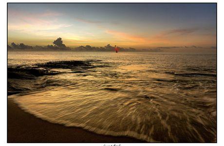Lever de soleil sur l'océan