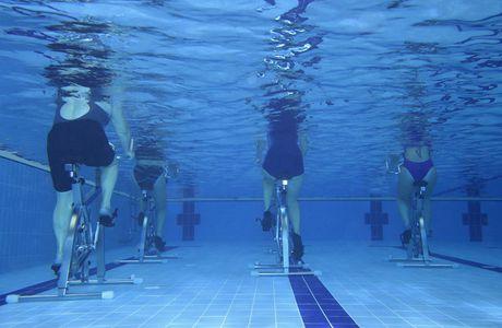 S'initier à l'aquabike pour tonifier ses muscles et lutter contre la cellulite