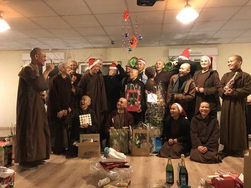 Noël, Nouvel An et des objets trouvés