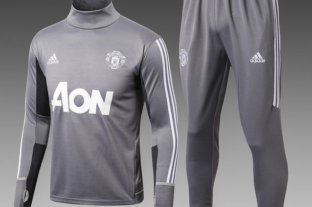 ensemble de foot MU 2018