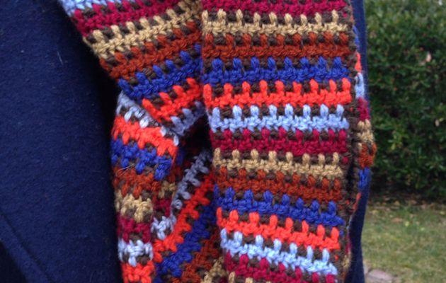 Echarpe crochetée colorée