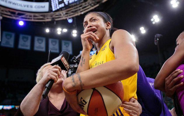 Candace Parker rend un hommage affectueux à Pat Summitt après avoir remporté le titre WNBA