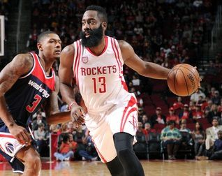 James Harden de nouveau en mode MVP avec un triple-double face aux Wizards