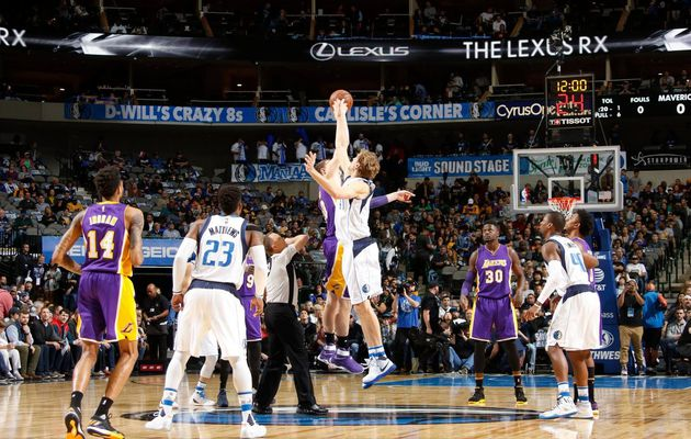 Dallas inflige une humiliation historique aux Lakers