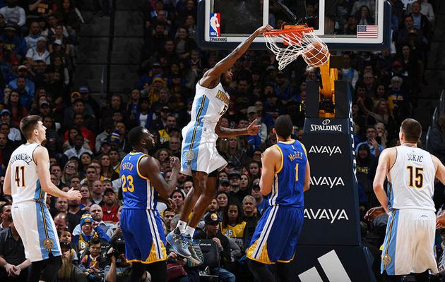 Denver fait couler les Warriors