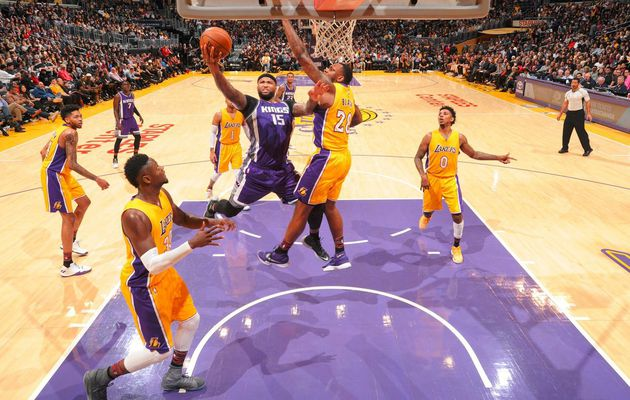 DeMarcus Cousins s'occupe des Lakers au Staples Center