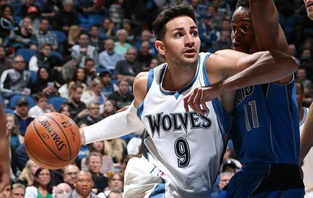 Minnesota bat les Mavericks malgré le record en carrière de Seth Curry (31 points)