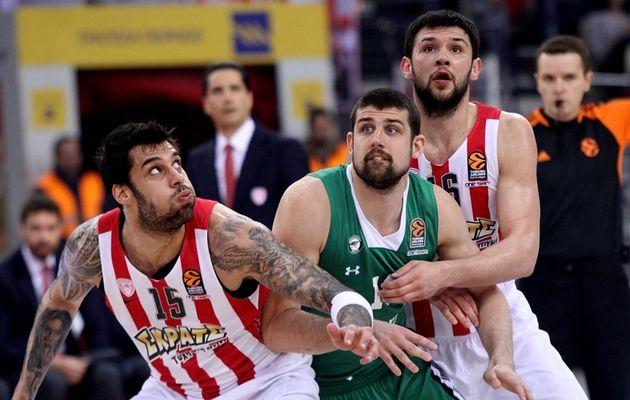 L'Olympiakos domine le Darussafaka