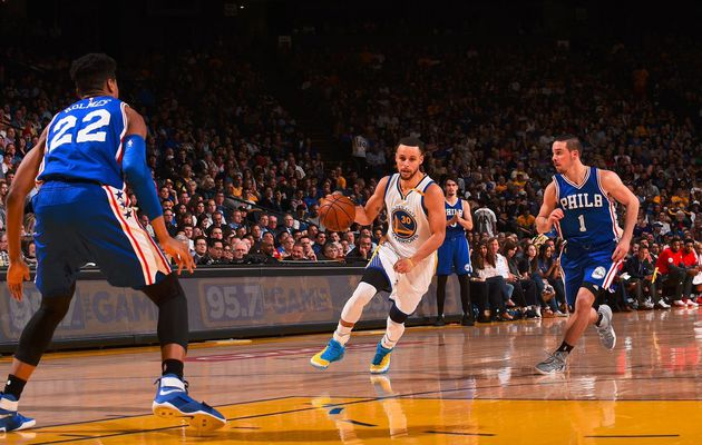 Golden State s'en sort de justesse face aux Sixers