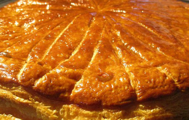 Galette des rois à la crème d'amande et fève de tonka