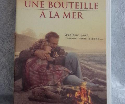 Cassette vidéo VHS - Une bouteille à la mer - avec Kévin Costner - Paul Newman - Robin Wright Penn